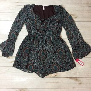 Dresses & Skirts - Boho Hippie Long Sleeve Romper